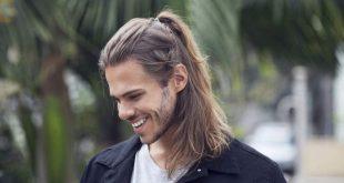 15 Pferdeschwanz Frisuren für Männer, um smart und stilvoll aussehen
