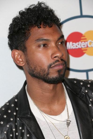 40 Teuflisch Schöne Frisuren für Schwarze Männer