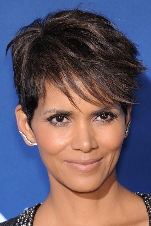 40 harmharming Short Fringe Frisuren für jeden Geschmack und Anlass