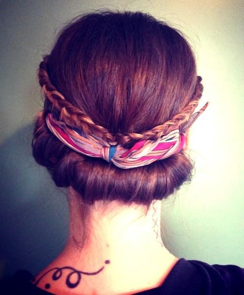 20 Easy Updos für mittleres Haar
