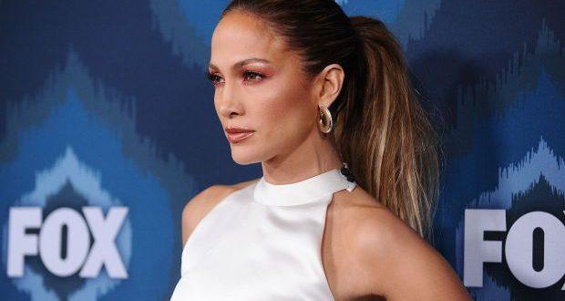 Jennifer Lopez Frisur Tutorial: glamourösen Pferdeschwanz