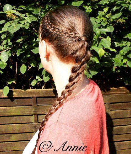 20 Frisuren mit Vier-Strand-Zöpfen, um Sie zu inspirieren