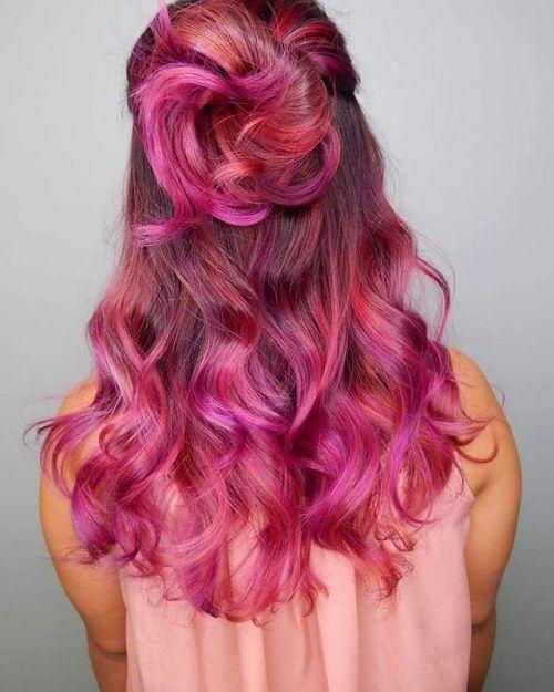20 entblößt Stile mit Magenta Haarfarbe