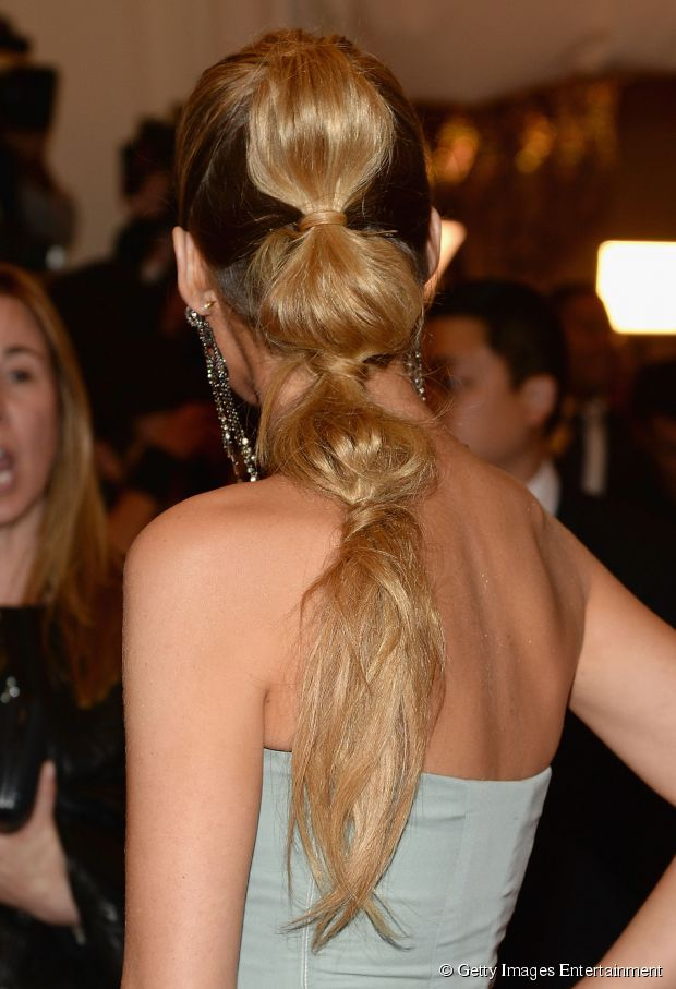Blake Lively Blase Pony How-To - einfaches Haar Tutorial