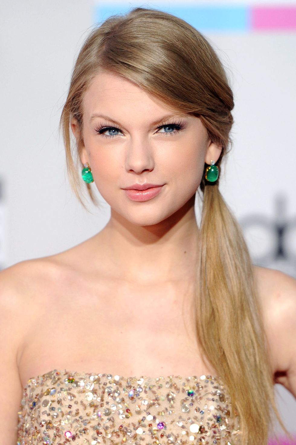Taylor Swift Haircuts - 30 Taylor Swifts Signature Frisuren