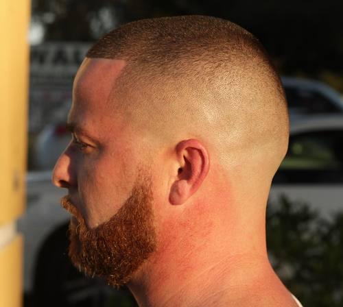 20 ordentliche und intelligente hohe und enge Haarschnitte