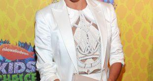 Eva Longoria beweist Pony sind ok für Engagement-Phobes