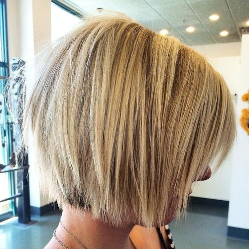 22 Flirty Bob Frisuren für Blondes Haar