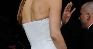 Frisur-Tutorial: Holen Sie sich Jennifer Lopez 'super glatten Pferdeschwanz