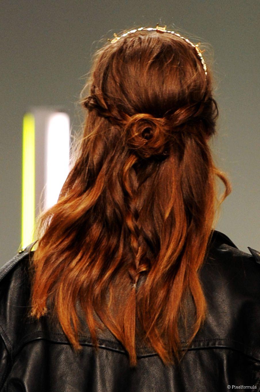 9 geflochtene Frisuren für den Urlaub
