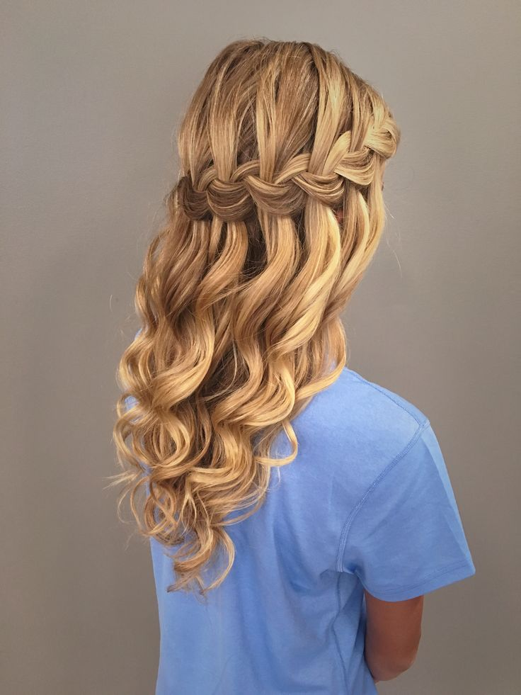 16 Wasserfall Braid Frisuren für Ihre schönen Schlösser