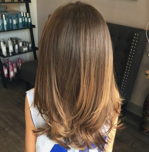 50 nette Haarschnitte für Mädchen, die Sie auf die Bühne setzen