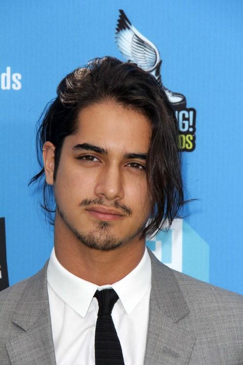 40 Statement-Frisuren für Männer mit dickem Haar