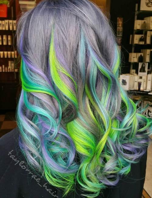 20 wunderschöne Mermaid Hair Ideen von Vibrant bis Pastell