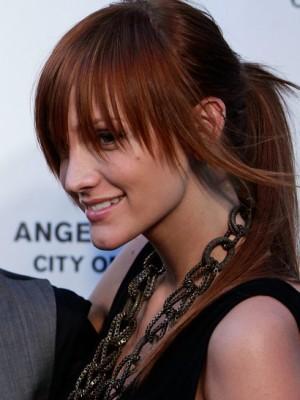 Rötlich-braune Haarfarbe