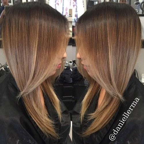 Glatt und Sexy Hair Beauty mit Ombre Glattes Haar