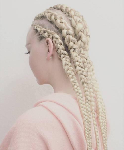 Kanekalon Zöpfe sind offiziell eine Sache und nicht nur für natürliches Haar