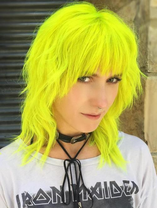 Der Neon Hair Trend ist wild, aber wir lieben es