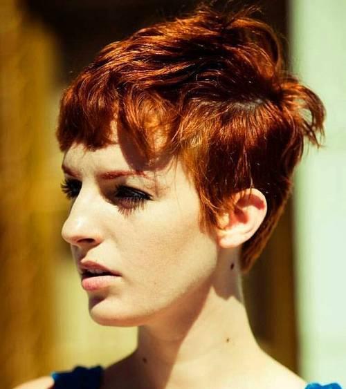 35 faszinierende kurze rote Frisuren für wahre Redheads