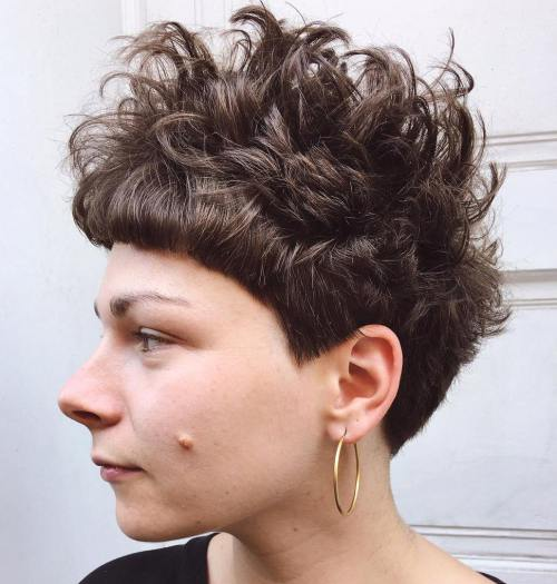 30 Standout Curly and Wavy Pixie Cuts