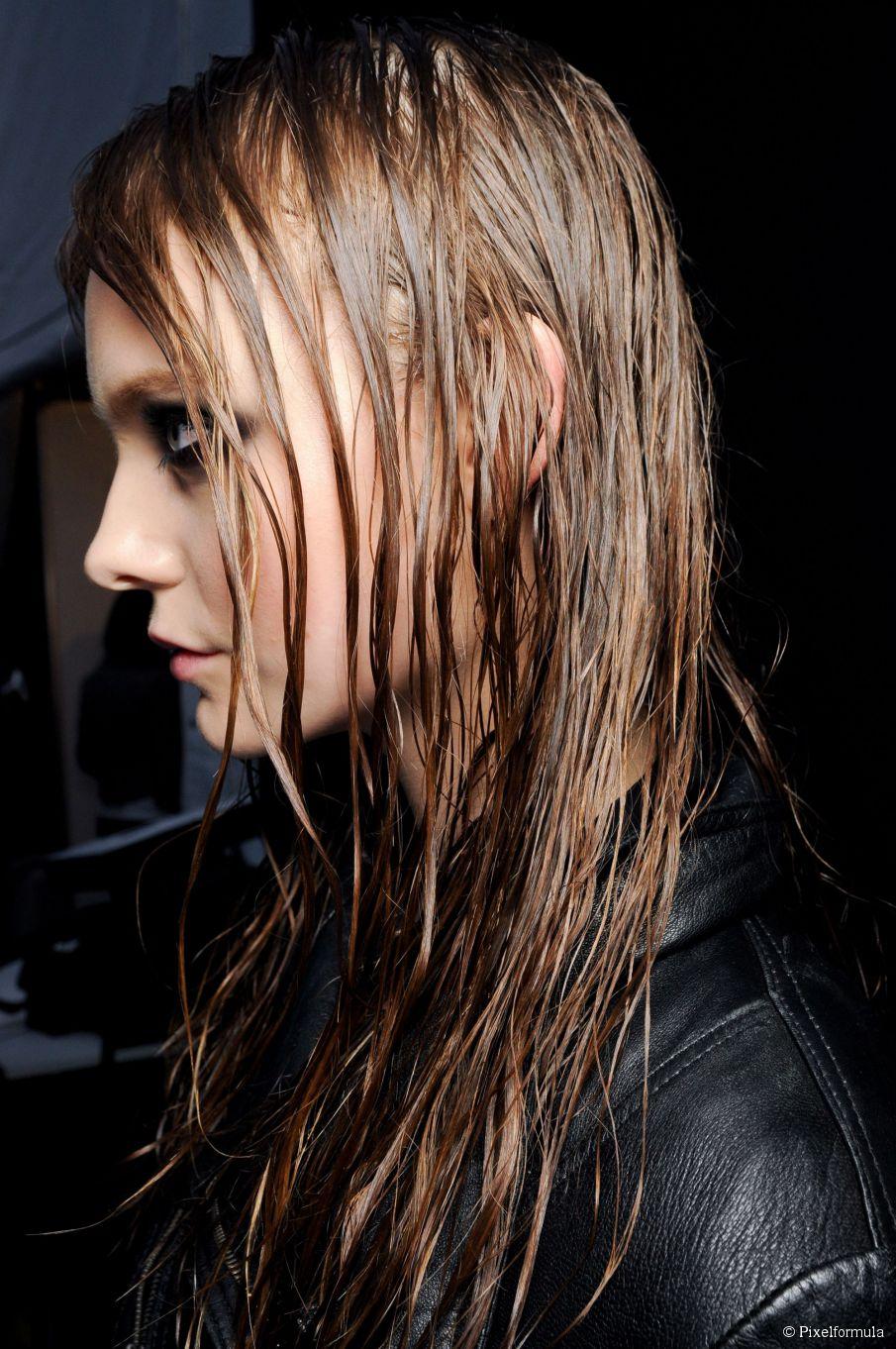 Einfache Last-Minute-Halloween-Frisuren: Schrecklich Haare bekommen, schnell!