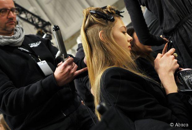 Wie man glattes, gesundes Haar Neu erhält