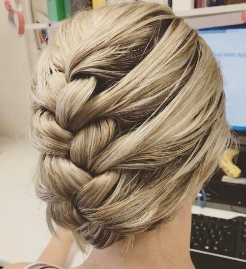 40 nasse Frisuren, die Sie Ihren Fön aufhängen lassen