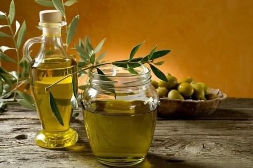 DIY Hot Oil Behandlungen für glänzendes und gesundes Haar