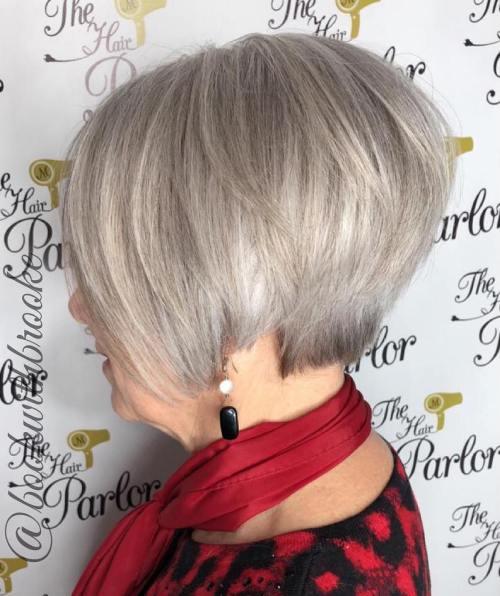 Die besten Frisuren und Haarschnitte für Frauen über 70