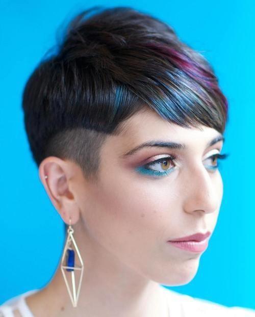 Neu Bold Pixie Haarschnitte für Frauen