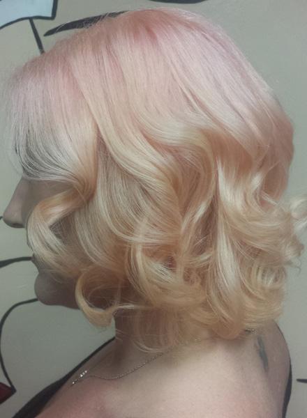 Bold Color-Melting Frisuren für Neu
