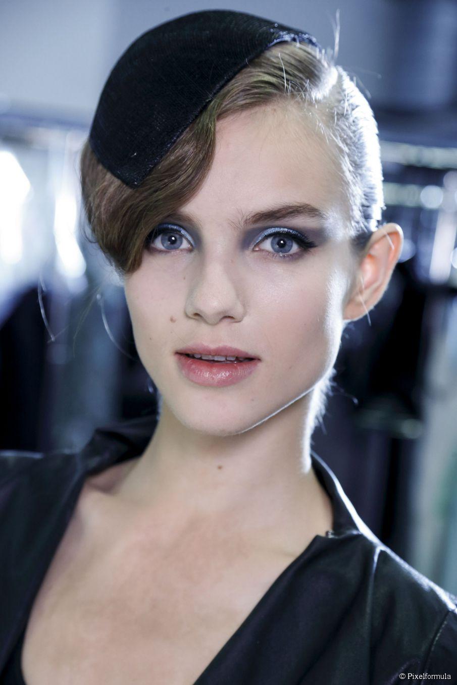 Kurze Haare Hochsteckfrisuren - Inspirationsgalerie