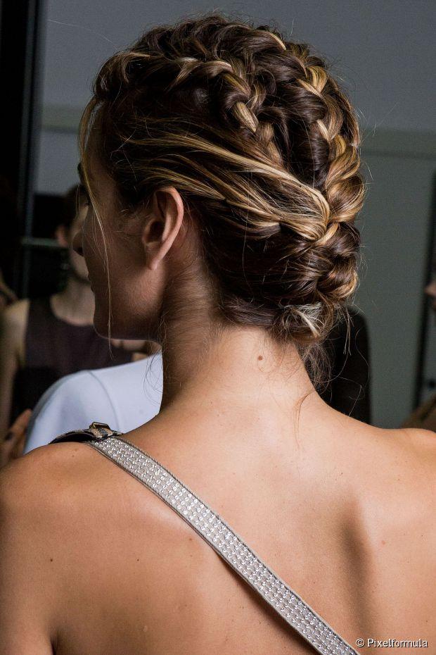 5 Geflochtene Hochzeit Frisuren für Bräute im Sommer
