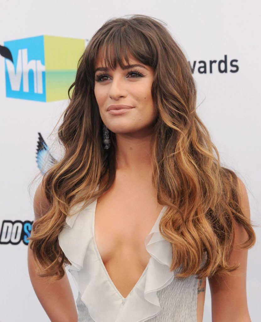 15 wunderschöne Fringe Frisuren für Frauen