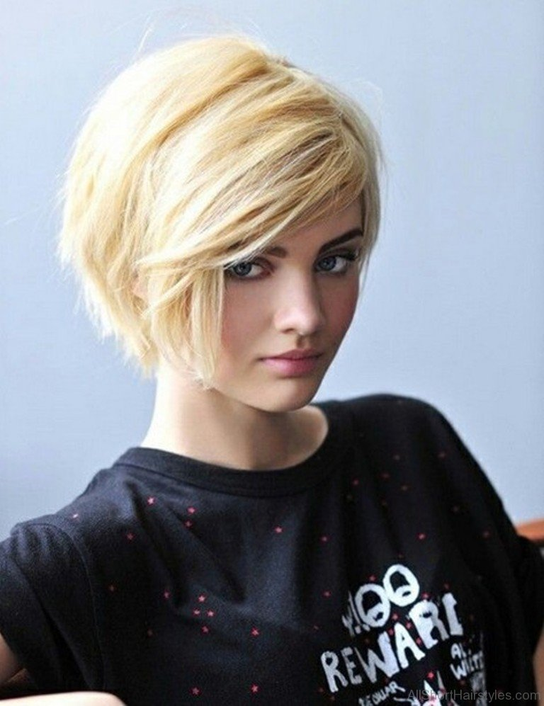 18 Impressive Side Swept Short Frisuren für Frauen