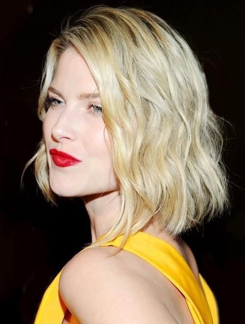 Kurze Blonde Frisur Inspiration für Neu