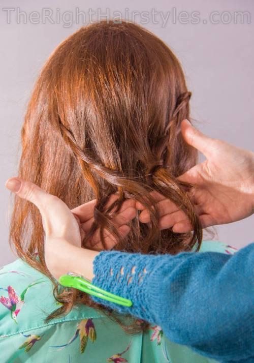 How To: Wellenförmige A-Line-Frisur mit einem Bouffant für runde Gesichter