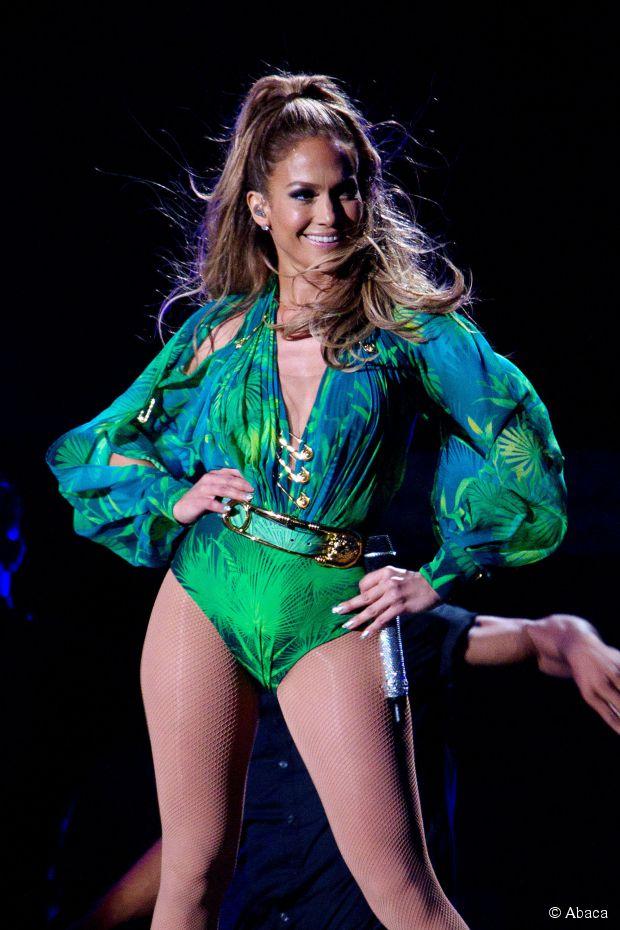 Wie bekommt man Jennifer Lopez's halbhohes Haar von ihrer Bronx Homecoming Show?