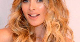 3 Frisuren für Ihre blonde Haarfarbe