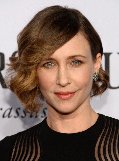30 lockige Frisuren für Frauen über 50