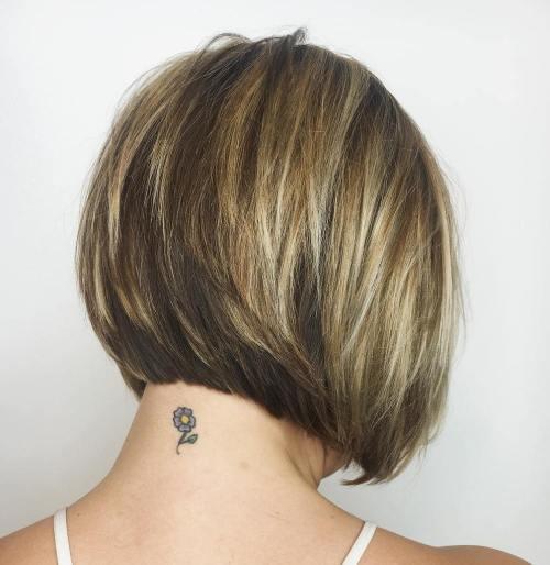 50 Layered Bob Styles: Moderne Frisuren mit Layern für jeden Anlass