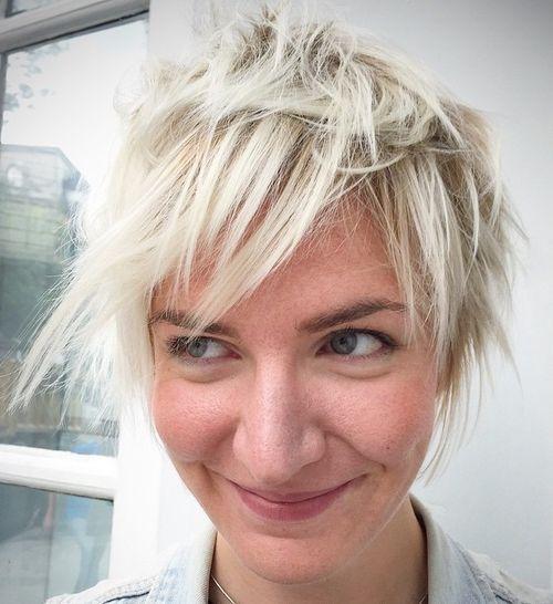 30 kurze sassy Haarschnitte, um einen trendigen Twist in Ihren Look hinzuzufügen