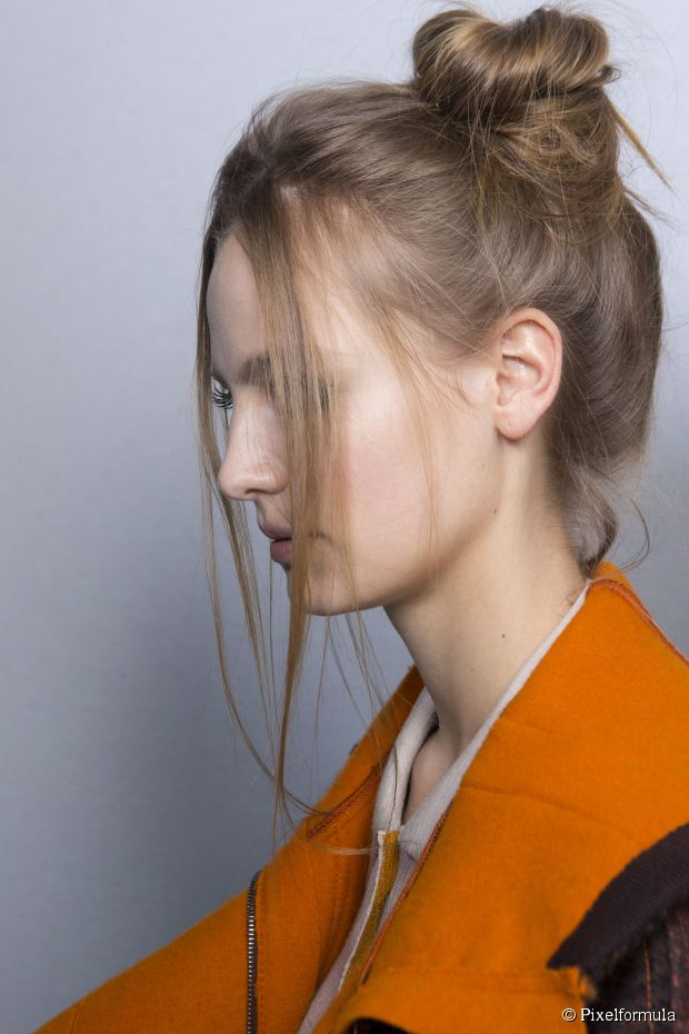 Montag Morgen Frisur Inspiration: Knoten, Brötchen + Chignons