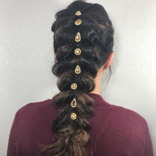 Einfache und kreative Möglichkeiten, Schmuck für das Haar zu tragen