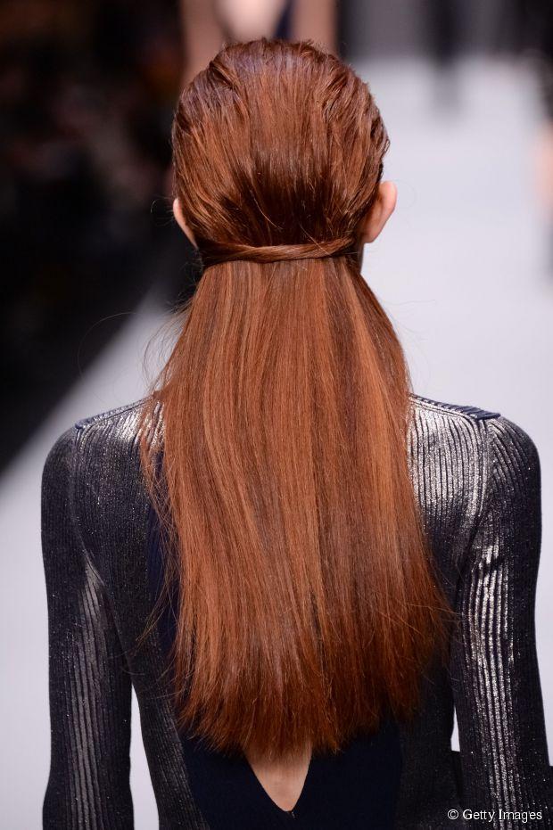 Frisur trauen: 3 Wet-Look-Party Frisuren sollten Sie versuchen