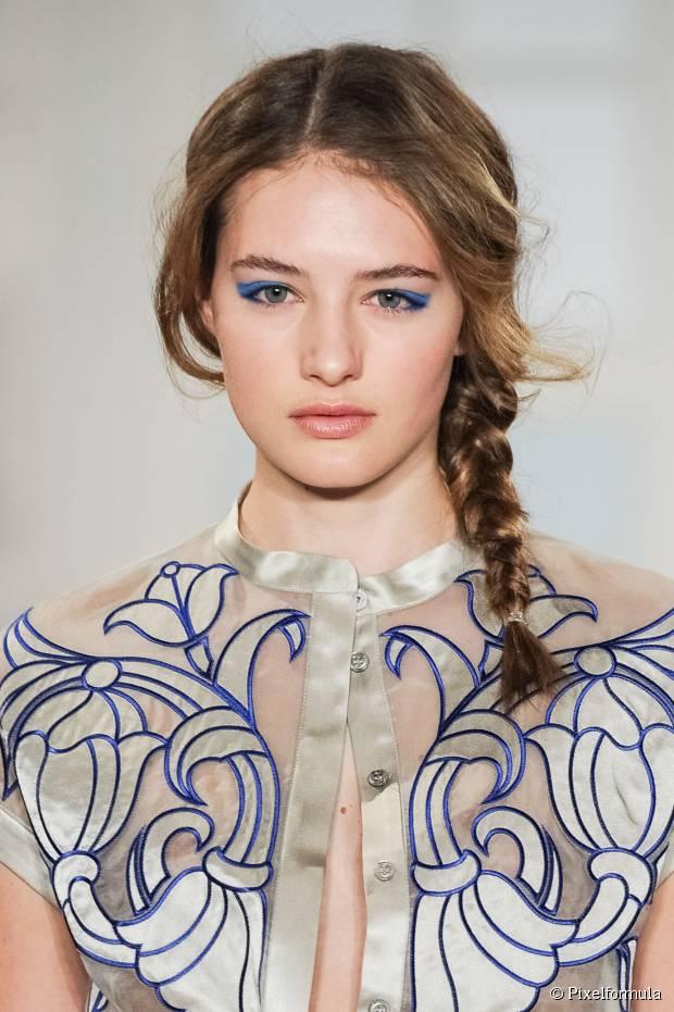 3 On Trend Frisuren mit einem nicht zentrierten Haarteil