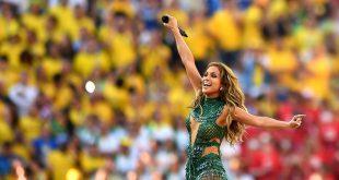 Jennifer Lopez bei der Eröffnungszeremonie des Wold Cup: zerzauste Haare Anleitung