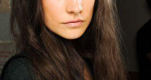 3 einfache Möglichkeiten, um Ihre Haare zu texturieren