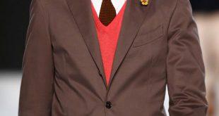 Herren-Frisur-Tutorial: Der perfekte Movember-Look