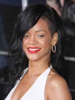 Rihanna Beste Frisuren